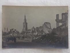 "CAMBRAI - Une Rue - Cliché ""Librairie Oscar MASSON"" à Cambrai - Guerre/Ruines - CPA - CP - Carte Postale RARE - Cambrai"