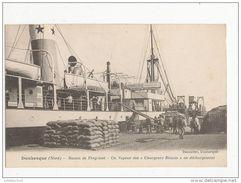 DUNKERQUE BASSIN DE FREYCINET UN VAPEUR DES CHARGEURS REUNIS EN DECHARGEMENT CPA BON ETAT - Krieg