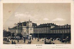 Cpa BRNO - La Gare - Nadrazi - Bahnhof - Tschechische Republik