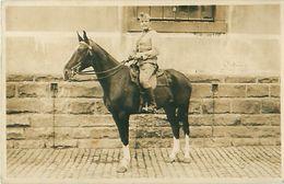 Cpa Photo Militaire à Cheval, Rédacteur M. LELEU De SAINT HILAIRE SUR HELPE 59 - Francia
