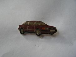 Pins Audi 100 - Audi