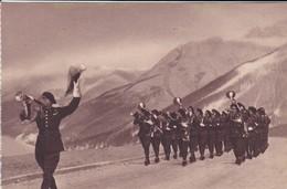 MILITARIA---Fanfare De Chasseurs Alpins--( Sortie Carnet )---voir 2 Scans - Manoeuvres