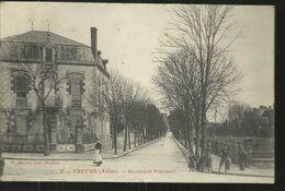 YZEURE  BOULEVARD PRESIDENT 1910  TRES BON ETAT - Francia