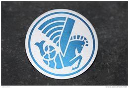 """Beau Badge """"logo Crevette Air France"""" Compagnie Aérienne - Aviation - Avion - Pin's - Epinglette - Crew Badges"""