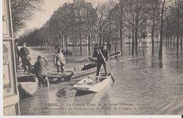 PARIS - La Grande Crue De La Seine ( Janvier 1910 ) - 114 Un Embarcadère De Bateaux De La Place De L'Alma - ND Phot - Inondations De 1910