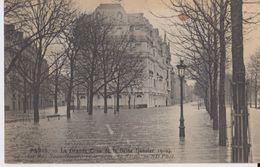 PARIS - La Grande Crue De La Seine ( Janvier 1910 ) - 94 La Rue Jean Goujon Et Le Cours La Reine - ND Phot - Inondations De 1910
