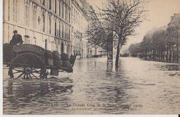 Paris - La Grande Crue De La Seine ( Janvier 1910 ) - 67 Inondation De L'Avenue Montaigne - ND Phot - Inondations De 1910