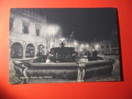 CARTOLINA   PESARO PIAZZA DEL POPOLO    - D 575 - Pesaro