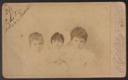 Old Photo (10,5cmx6,3cm) Old Photograph Of Children - Photographia Conimbricense - Coimbra - Fotografia De Crianças - Photos