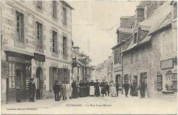 22. GUINGAMP.   LA RUE SAINT MICHEL - Guingamp