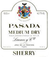 1367 - Espagne - Andalousie - Pasada Medium Dry - Sherry - Lacave Y Cia. - Jerez - Etiquettes