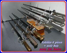 Ratelier   Plexi    Incolore  Pour 6 Baionnettes   +  Support Bois - Armes Blanches