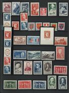 FRANCE - ANNEE COMPLETE 1949 - 46 Timbres Neufs Luxe** Du N° 823 Au N° 862. Voir Descriptif. - 1940-1949