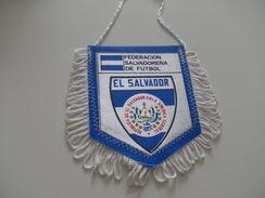 Fanion Football - FEDERATION - SALVADOR - Habillement, Souvenirs & Autres