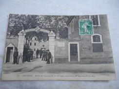 CASERNES DU 97° DE LIGNE DE CHAMBERY. CONSTRUITE PAR NAPOLEON 1er EN 1804. ANIMEE. DOS ECRIT. VOYAGE. TIMBREE. - Casernes