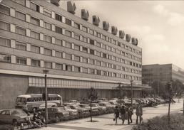GERMANY - Berlin 1970's - Hotel Unter Den Linden - Automotive - Alemania