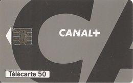 CARTE°-PUCE-PRIVEE-PUBLIC- 50U-EN1019-SO5-DN JG-CANAL+UTILISE-TBE - France
