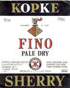 1401 - Espagne - Andalousie - Kopke Sherry - Fino Pale Dry - Shipped And Bottled By C.N. Kopke London - Jerez - Etiquettes