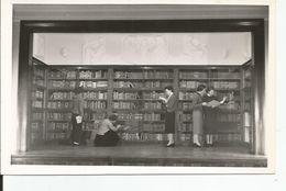 BIBLIOTHEQUE CARTE POSTALE PHOTO Au Dos ; Envoyé De CHEVILLY LA RUE ? - Bibliothèques