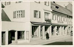 Mering Bei Augsburg, Echtfoto-AK Mit Geschäft Von Matth. Steib, O Um 1951 In Mering, Druckstelle Mittig (24239) - Duitsland