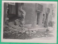 15 - Massiac - Photo - Destruction D'une Maison (Cantal) (tremblement De Terre, Guerre ?) - Lieux