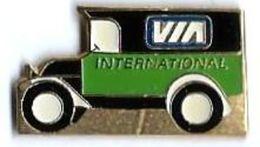OLD CARS - OD6 - VIA INTERNATIONAL - Verso : AGION - Pin's & Anstecknadeln