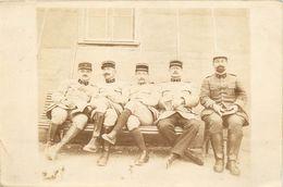 CARTE PHOTO - OFFICIERS MEDECINS MILITAIRES ET OFFICIER D'ADMINISTRATION DU SERVICE DE SANTE DES ARMEES - TB** - Guerre 1914-18