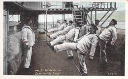 MILITARIA ( Série La Vie Du Marin ) Exercice De Boxe - CPA - Marins Sailors Segler Zeelieden Marineros Marinai - Militaria