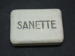 RARE ! Ancien SAVON De SOLDAT SANETTE - Equipement