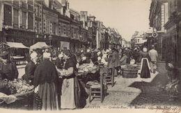 ROMORANTIN - Grande Rue, Le Marché - Romorantin