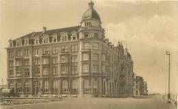 ZEEBRUGGE - La Digue Et Palace Hôtel - Zeebrugge