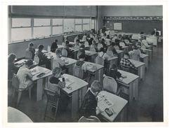 Photo Services Américains D'Information - Usa, Enfants, école - Lieux