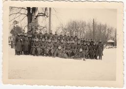 Zweiter Weltkrieg, Gruppe Soldaten - Niederschlesien ( Wegweisung; Links Zu 'Herrnstadt' , 'Sandewalde' Rechts) - Oorlog, Militair