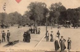 75 PARIS  Les Champs Elysées  - Station Du Métropolitain - Métro Parisien, Gares