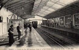 75 PARIS   Chemin De Fer Métropolitain , Ligne N°2 Sud Etoile- Italie  ; Gare De Sèvres - Stations, Underground