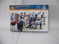 ITALERI FRENCH LINE INFANTRY NAPOLEONIC WARS SCALA 1:72. - Figurines