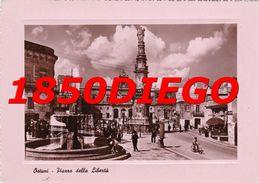 OSTUNI - PIAZZA DELLA LIBERTA'  F/GRANDE  VIAGGIATA 1951 ANIMATA - Brindisi