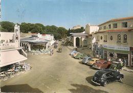 JUAN Les PINS - Automobiles - Carrefour Du Casino - Cpsm Gf - Francia