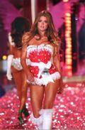 Victoria's Secret Dutch Model Angel Doutzen Kroes Fashion Show Photo Postcard - 23646 - Fashion