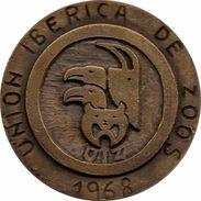 ESPAÑA. FRANCISCO FRANCO. MEDALLA DE LA UNIÓN IBÉRICA DE ZOOS. 1.968. ESPAGNE. SPAIN MEDAL - Profesionales/De Sociedad