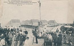 Catastrophe DeCourrières Liévin (62 Pas De Calais) Passage à Niveau Rétablissement Du Télégraphe Détruit Par Les Mineurs - France
