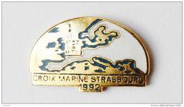 Pin's Croix Marine Strasbourg  - A1 - Villes