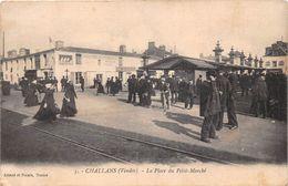 ¤¤  -  CHALLANS   -  La Place Du Petit-Marché  -  Magasin Du Bon Marché    -  ¤¤ - Challans