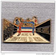 Pin's  Sport  De  Combat, América  Boxing  Club, Full  Contact, Championnat  Du  Monde  92  à  VALENCE - Boxing