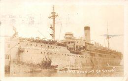 Carte-Photo D'un Bateau De Guerre Américain  - Koningin Der Nederlanden  - Ship That Brought US Home - Guerra