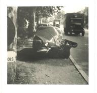 Photo Région Orgon, Route Nationale 7 / N7, Accident Renault Dauphine - Automobiles