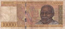 BILLETE DE MADAGASCAR DE 10000 FRANCS DEL AÑO 1995  (BANKNOTE) - Madagascar