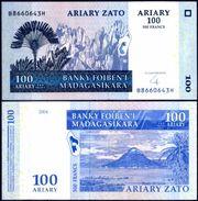 Madagascar - 100 Ariary 2004 UNC - Madagascar