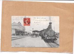 AUXERRE - 89 - La Gare Saint Gervais - Train  Arrêté Près Du Quai  - TON1 - - Auxerre