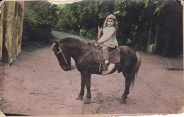 NIÑA/GIRL/FILLE, PONY/PONEY, BOSQUE/FOREST/FORET. CIRCA 1950S. 8X13CM APROX - BLEUP - Anonymous Persons